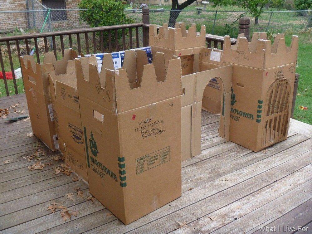 castle boxfort.jpg